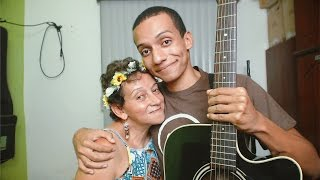 GRAVEI UM COVER COM MINHA MÃE (Chegaste - Roberto Carlos, Jennifer Lopez)