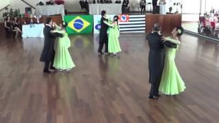 Apresentação de Valsa dos alunos da Márcia Fujii Dance Company