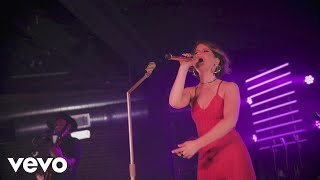 Maren Morris - Drunk Girls Don't Cry (Live)