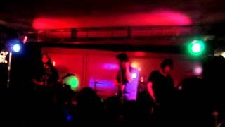 The Carrys - Lembranças (Live - Studio G) 05/05/2012