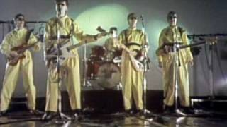 Devo - [I Can't Get No] Satisfaction (Video)