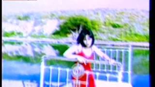 Ελίνα Κωνσταντοπούλου-Ποιό κρεβάτι (Official Video Clip)