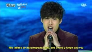 "[SUB ESP] 141231 Kang Ha Neul canta ""A flying Butterfly"" de YB @ 2014 SBS Awards Festival"