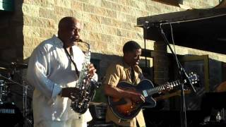 Gerald Albright and Norman Brown Medley Live at Thornton Winery   YouTube 720p]