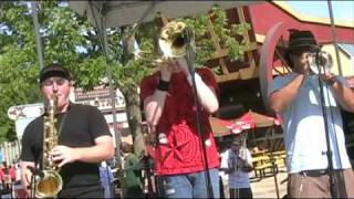 Case Of The Mondays Carless Whisper Cover from Ska Day at Six Flags