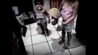 Darlla e Melina dançando harlem shake