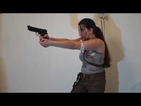 Δημητρα - Lara Croft
