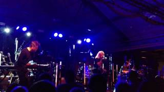 Broods - Hold The Line (Live@Münchenbryggeriet) 4K