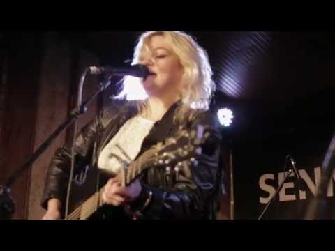 elle-king-in-the-water-3-10-2013-the-blackheart-paste-magazine