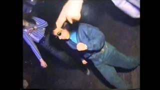 SZOK małe dziecko w nocnym klubie