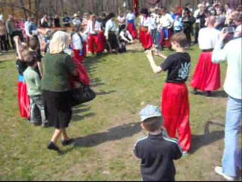 24.04.2011 Zaporizhzhya Ukraine Easter Hortyca Young cossacks .wmv