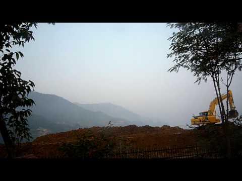 Pokhara-修路擋住了妃娃湖畔美景