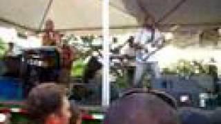 Katchafire-Who You With- Live in Kona Hawai'i 8-20-06