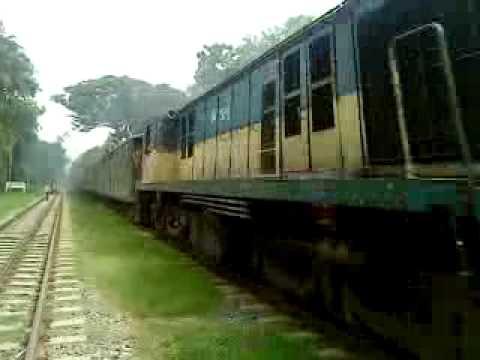 Bangladesh Railway Dhaka-sylhet Surma mail video.MP4