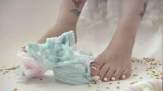 barefoot crush candy bathtube