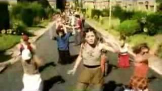 Hola Mundo Bella Perez Videoclip en español