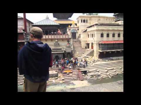 NEPAL CREMACIONES EN PASHUPATINATH,