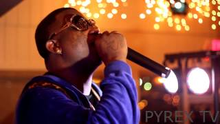 "Gucci mane Performs""Freaky Gurl"""