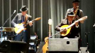 Leonard Cohen - Hallelujah (Live)