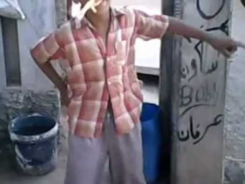 funniest pakistani kid dancing eating chicken foot.