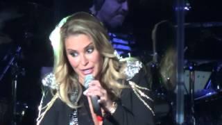 Anastacia - Sick and Tired - Resurrection Tour Rome 01/11/15