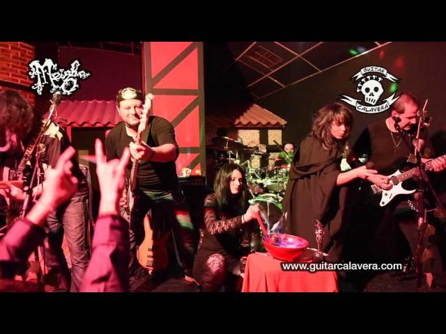 Vídeo de un concierto en el pub Transylvania.