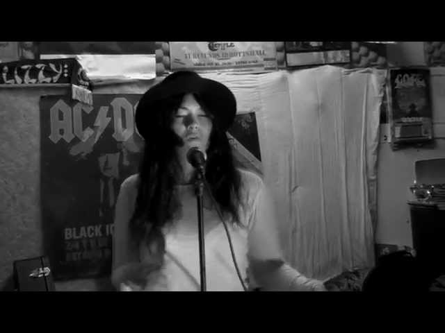 "Vídeo de The Black Marbles interpretando su canción ""Best Believe It""."