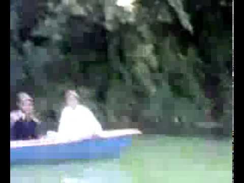 mba Enjoying boating.flv