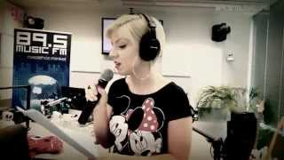Tolvai Reni - Personal Jesus (cover) with Glamorous Company (Music FM 2013-05-08 LIVE)
