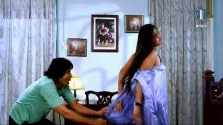 Tohar Garmi Choda Di   Panchayat   Latest Bhojpuri Movie Song   Kajal Raghwani width=