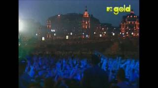 Red Hot Chili Peppers - Scar Tissue - Live in Red Square, Moscow [HD]