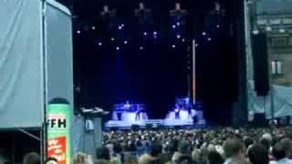 Nelly Furtado opening like a bird LIVE Wiesbaden 09.07.08