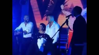 """Ricky Martin y Amaury Nolasco bailando """"Claridad"""" de Menudo"""