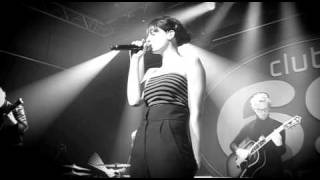 Studio Brussel: Hooverphonic - The Night Before (live in Club 69)