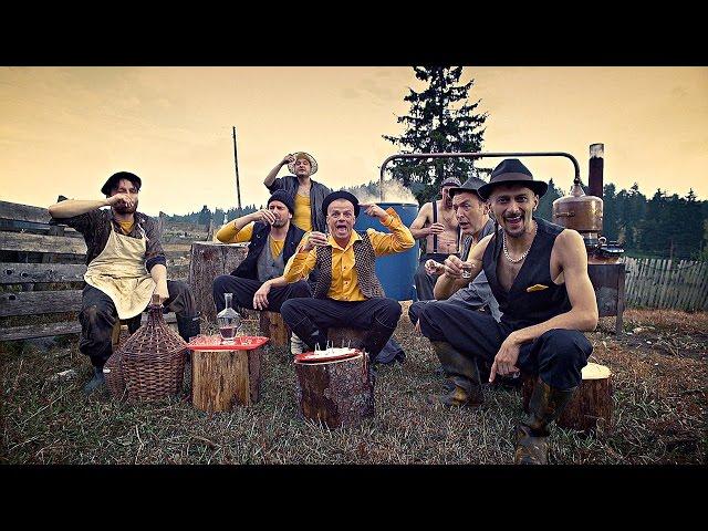 Videoclip oficial de 'No Escape (From Balkan)' de Dubioza Kolektiv.