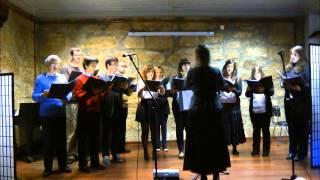Coro Académico Romanos Melodos: 'Hino dos querubins' (cantochão russo)