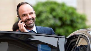 """Anna Cabana : """"Édouard Philippe sait qu'il ne tient qu'à un fil"""""""