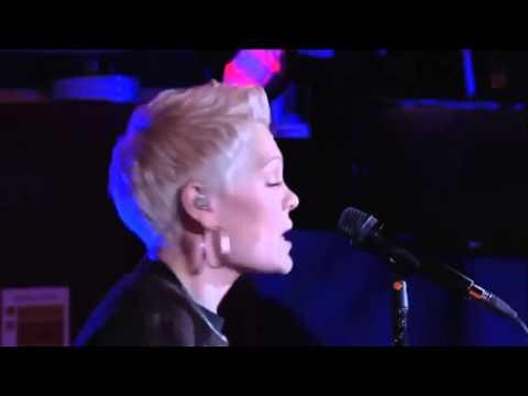 jessie-j-excuse-my-rude-acoustic-bbc-radio-1-live-lounge-jessie-j-brasil