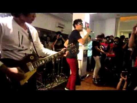 the-upstairs-antah-berantah-livedemajors-21-10-12-nujillicax