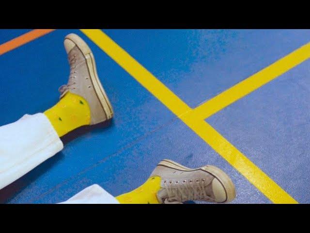 """Videoclip oficial de """"El Himno del Amanecer"""", tercer single del álbum de debut de Yogures de Coco, """"Puertofé""""."""