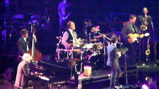Hugh Laurie & Jamie Cullum - Hallelujah I Love Her So - Children in Need Rocks Manchester