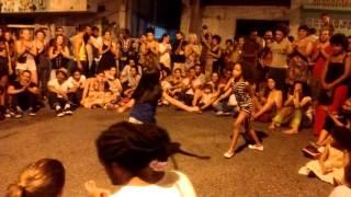 Roda de capoeira na festa do boi, Sofia e Laura