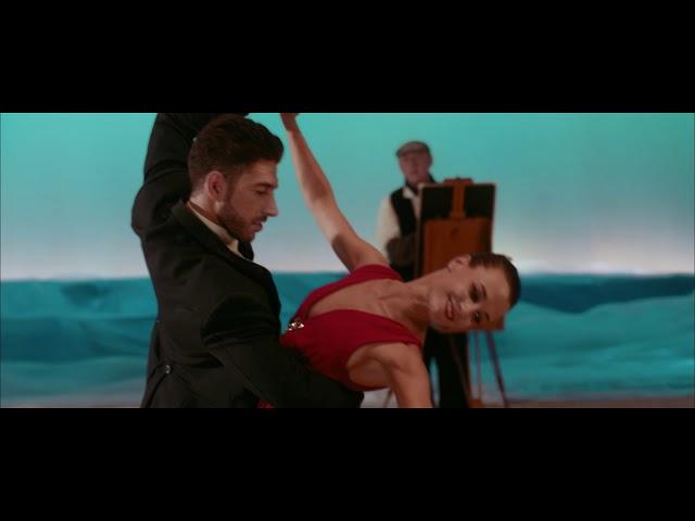 Videoclip ''Vint-i-un Botons'' de Blaumut.