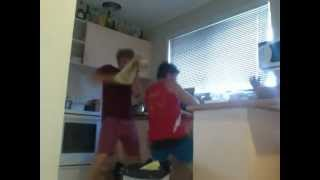 Nicki Minaj - Check it out Kitchen Dance