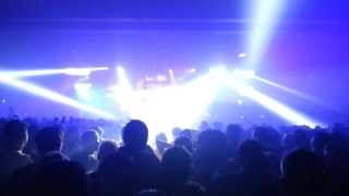 DVBBS - Tsunami (Played live by Hardwell)