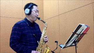 """AltoSaxで""""The Days Of Wine And Roses(酒とバラの日々)""""を吹いてみました..."""