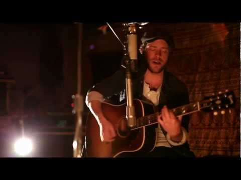 matthew-mayfield-heart-in-wire-smoakstack-sessions-2012-matthew-mayfield