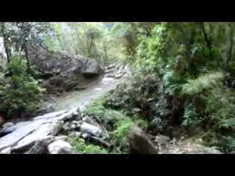 Resham Firiri ネパールトレッキングの歌(10.4.30)