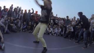 The Freshest Kids - Krump Final Battle - Lady Revouker vs. Baby Puncher