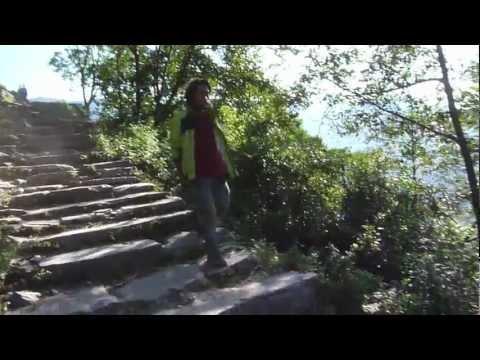 Poon Hill Trek Day 6_Ghandrung back to Nayapul_Splash@Nepal 2011 by Brice Li